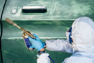 Peinture carrosserie de voiture