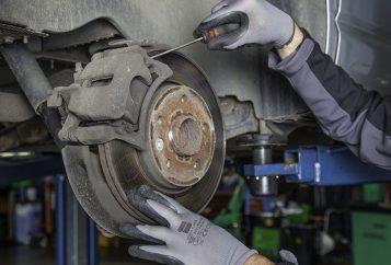 Réparation disque de frein voiture